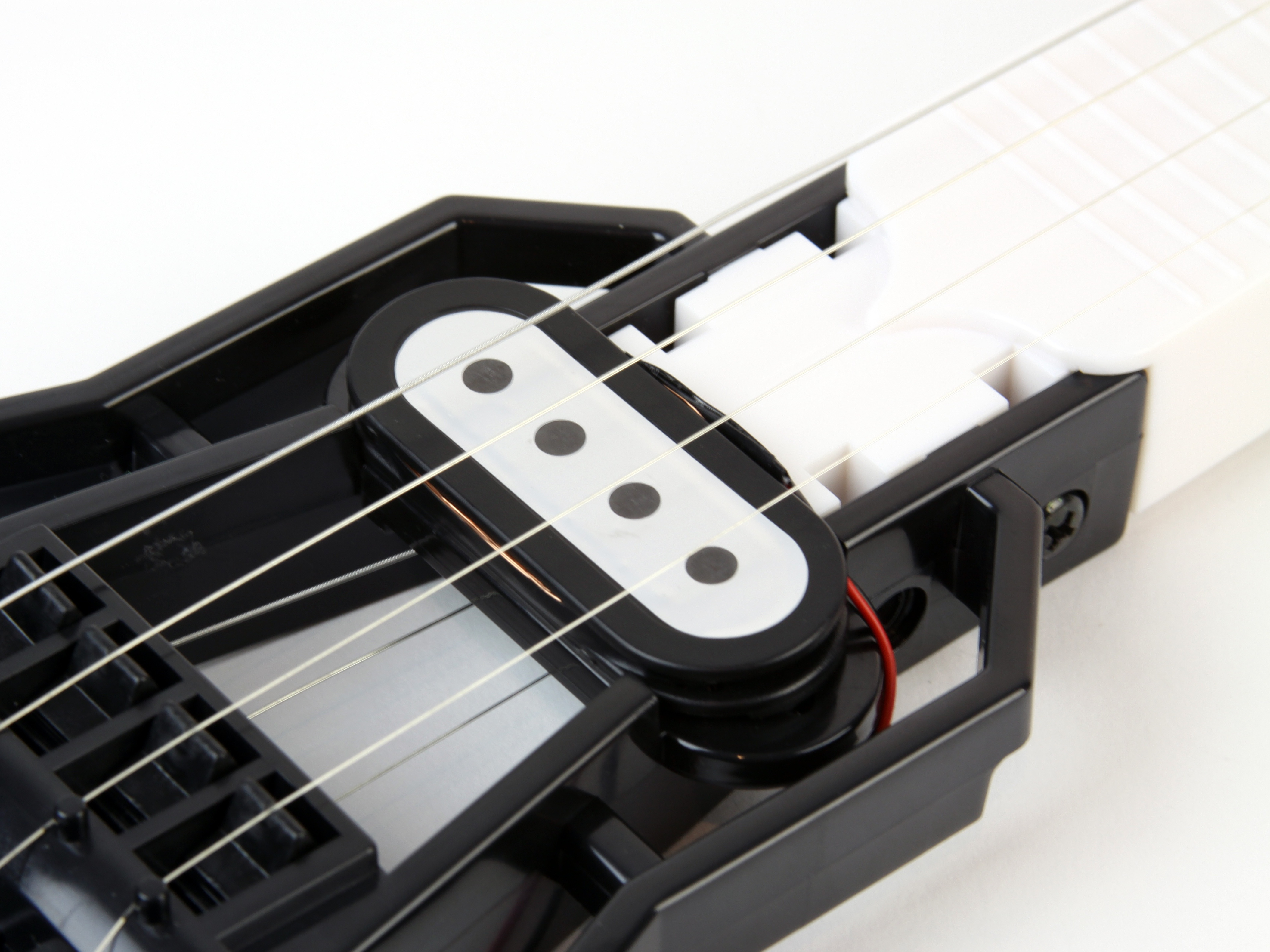 Build the Gakken Mini Guitar