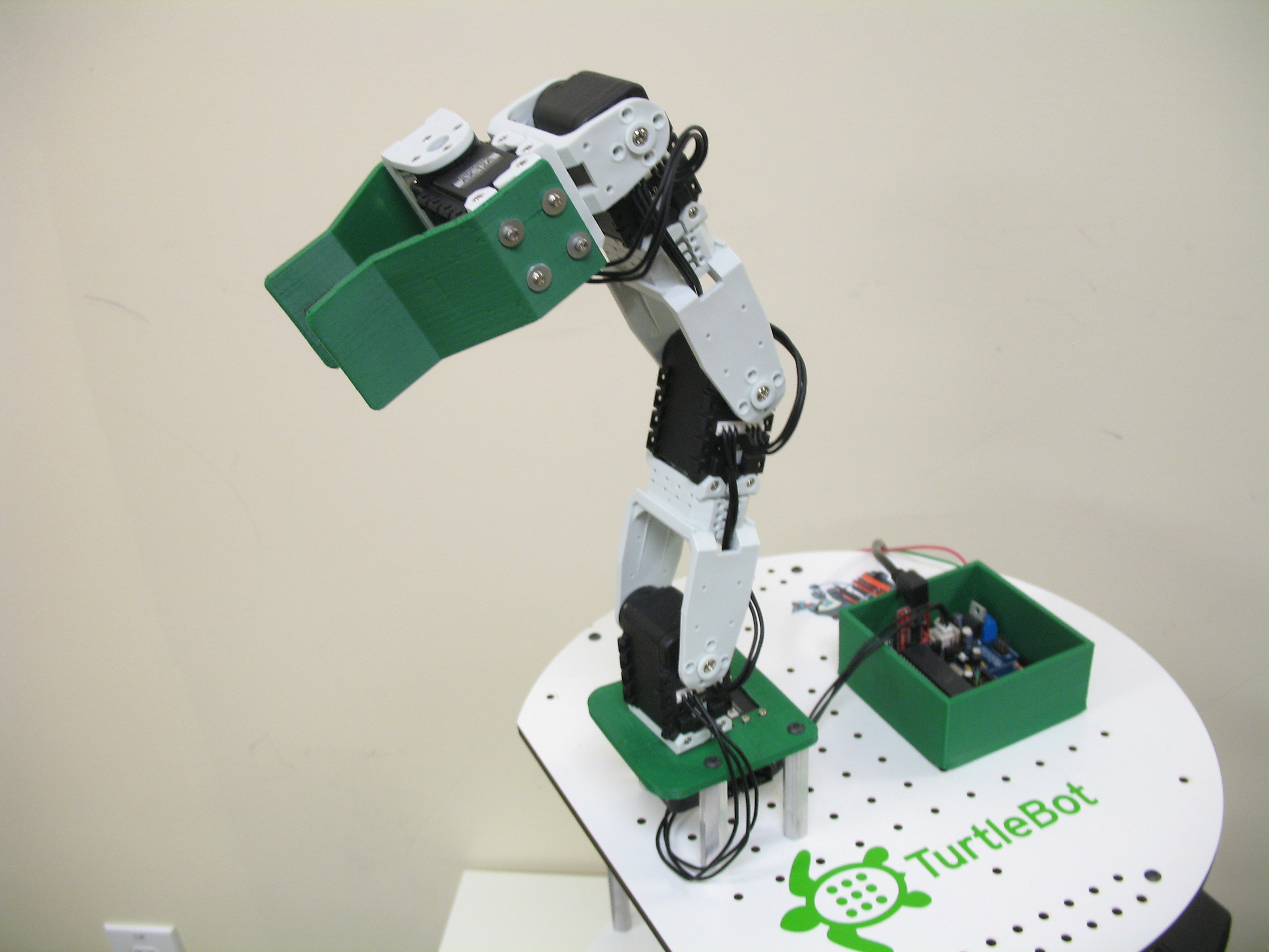 Wiring and Attaching an Arm to Your TurtleBot