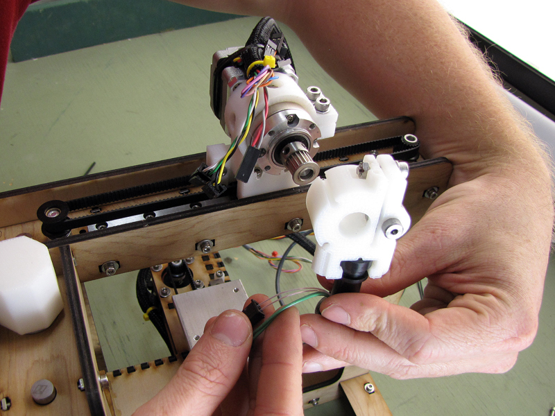 The MakerGear Mosaic 3D Printer – Part V: The Extruder
