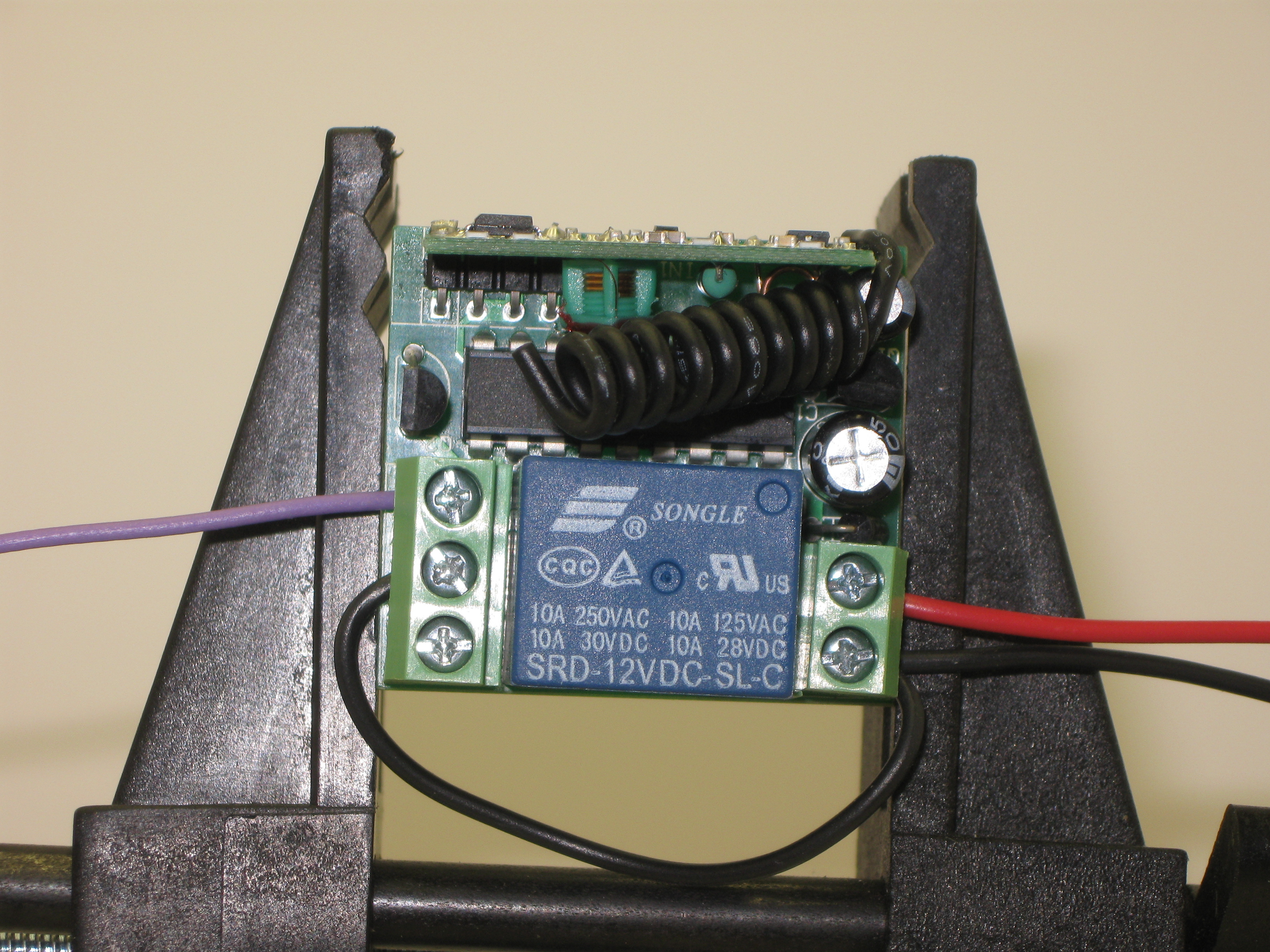Got Wireless? Modify a Simple 12VDC Wireless Remote Control for 5VDC Operation
