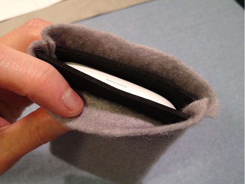NFC-Enhanced Slip Case forSmartphones