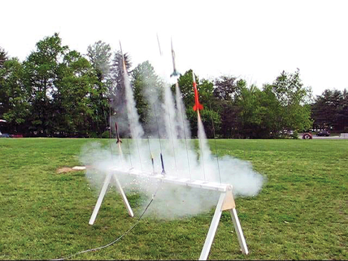 10-Rail Model Rocket Mega-Launcher