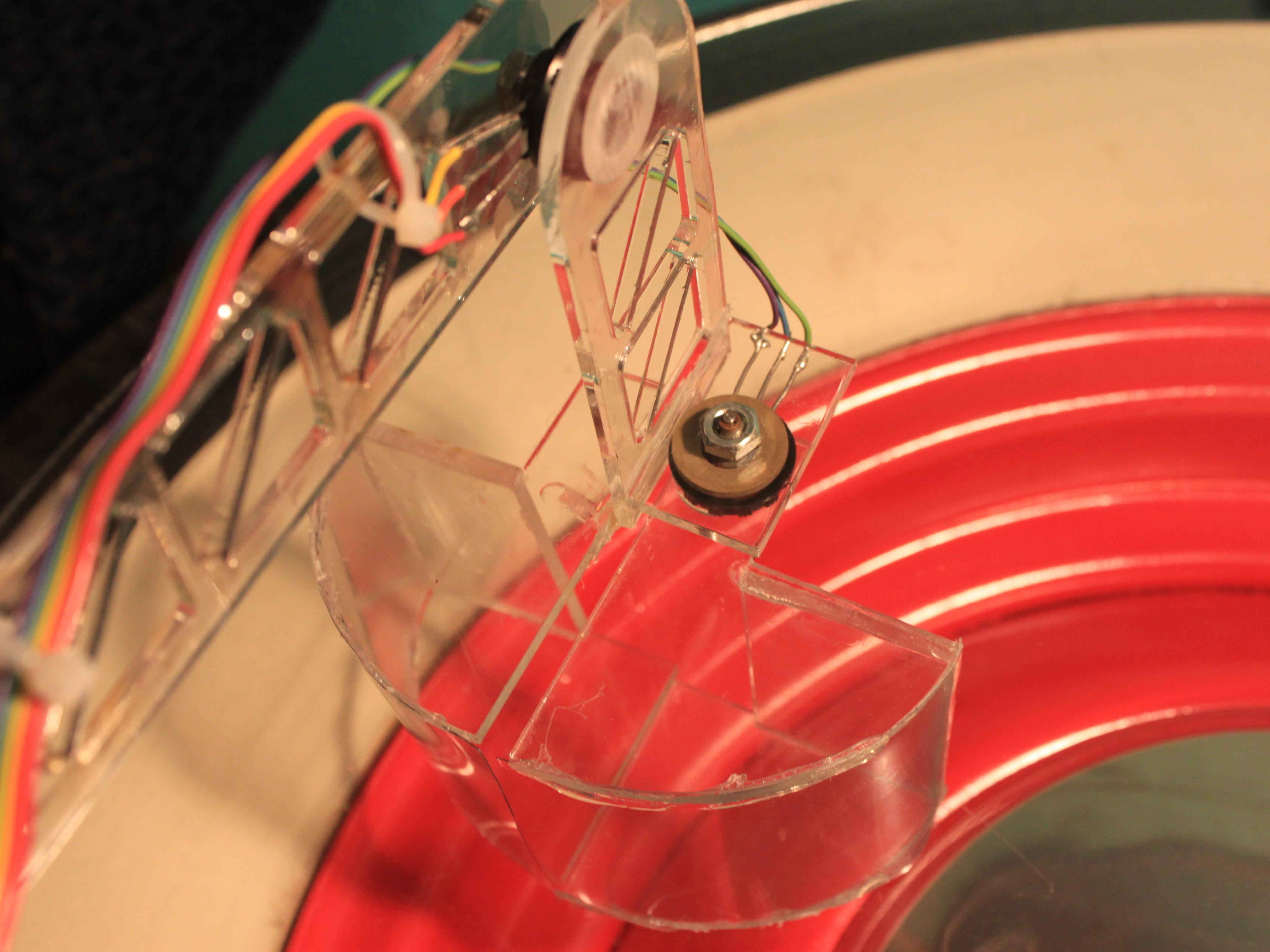 Mimicking Robotic Arm