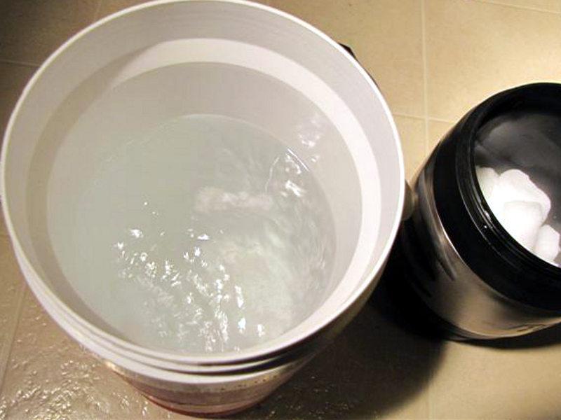 Instant Ice Cream with a Dry IceBath