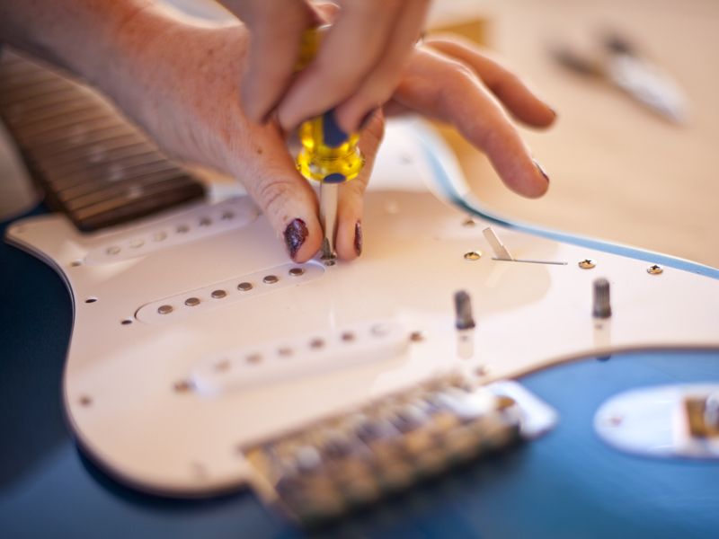 New Project: Paint a Glitter Guitar
