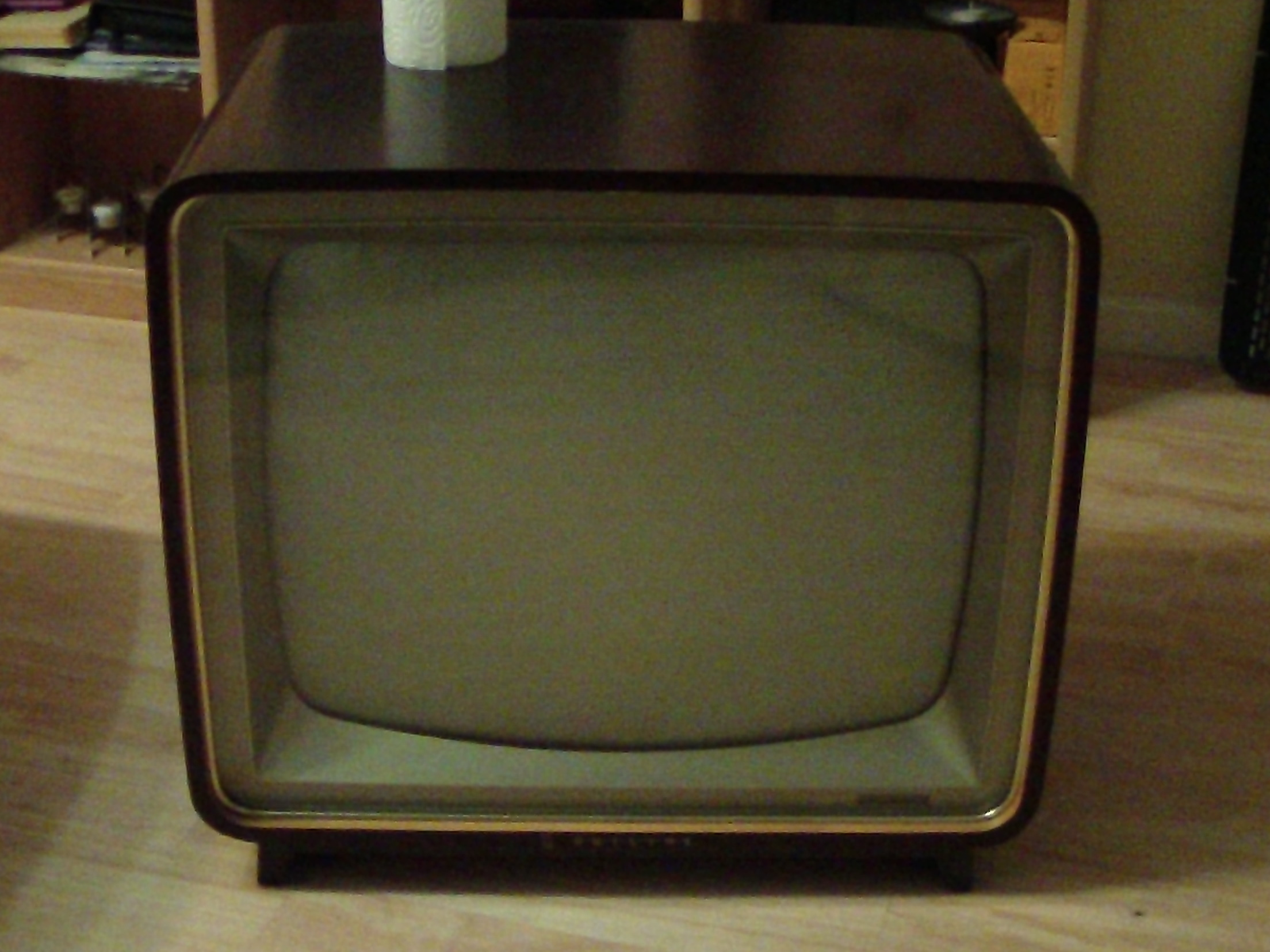 New Project: Vintage TV Coffee Table