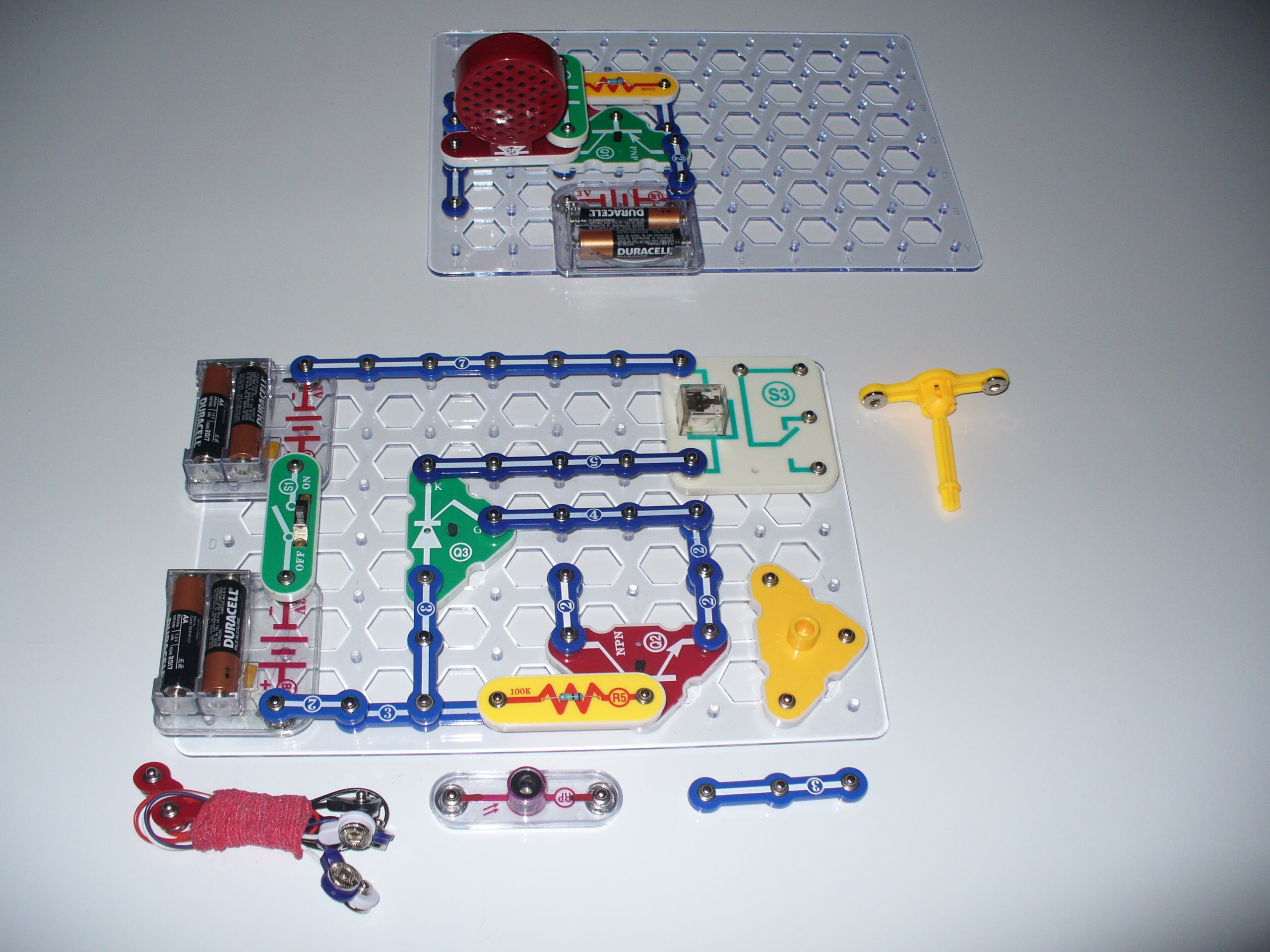 Laser Tripwire and Alarm Using SnapCircuits