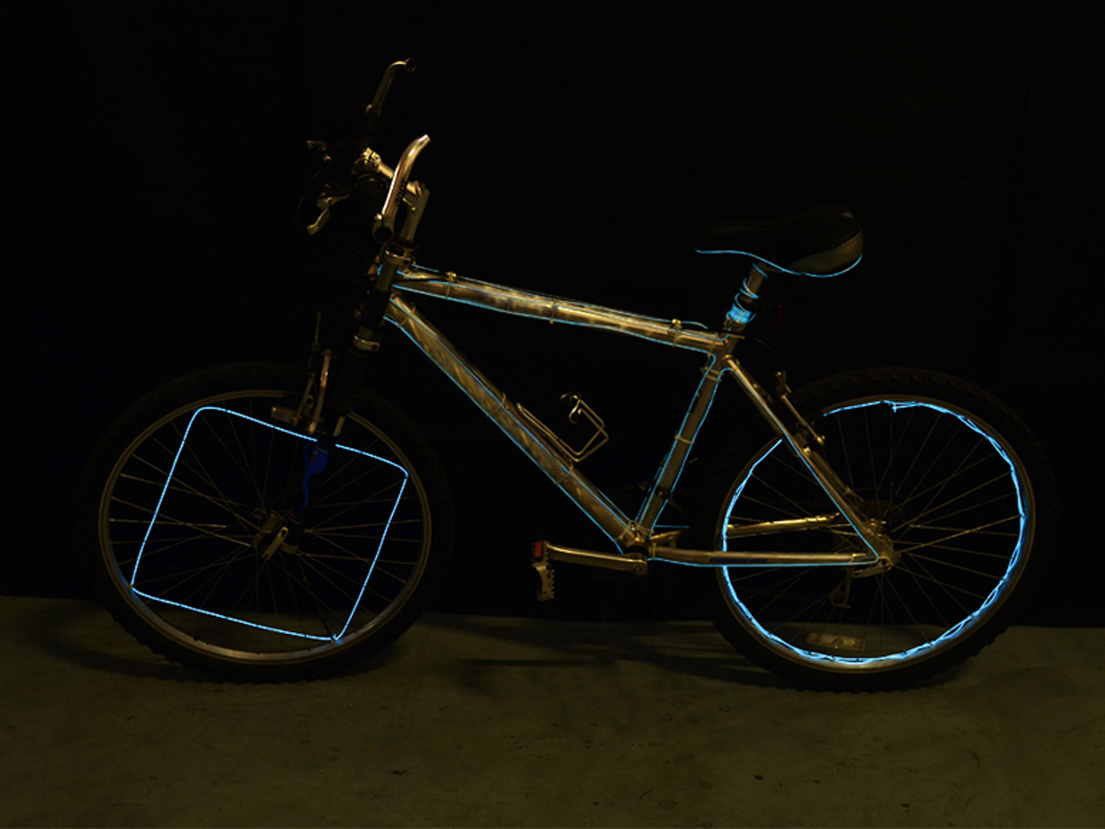 New Project: EZ-EL Wire Bicycle