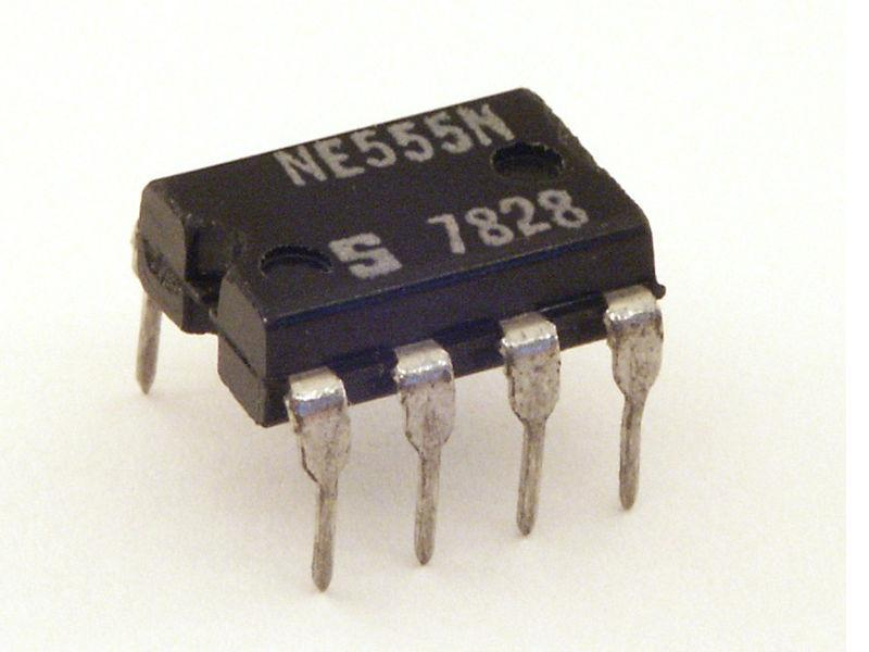 Introduction to Electronics: The 555 Timer Integrated Circuit (IC)