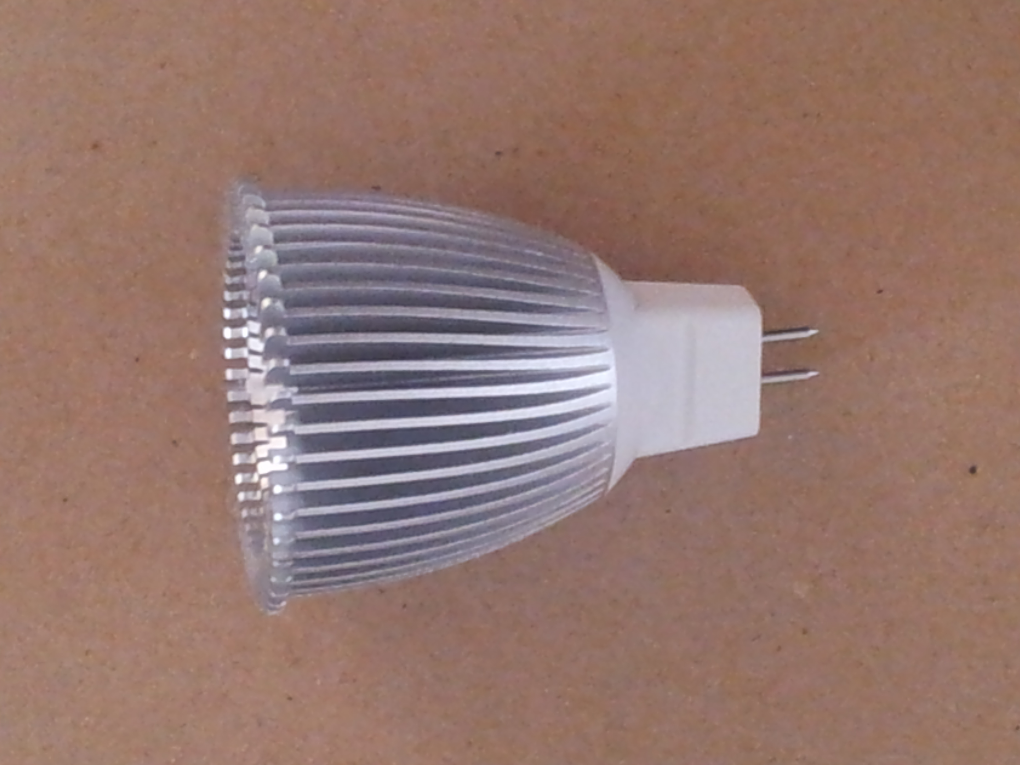 9-Watt MR16 LED Lamp
