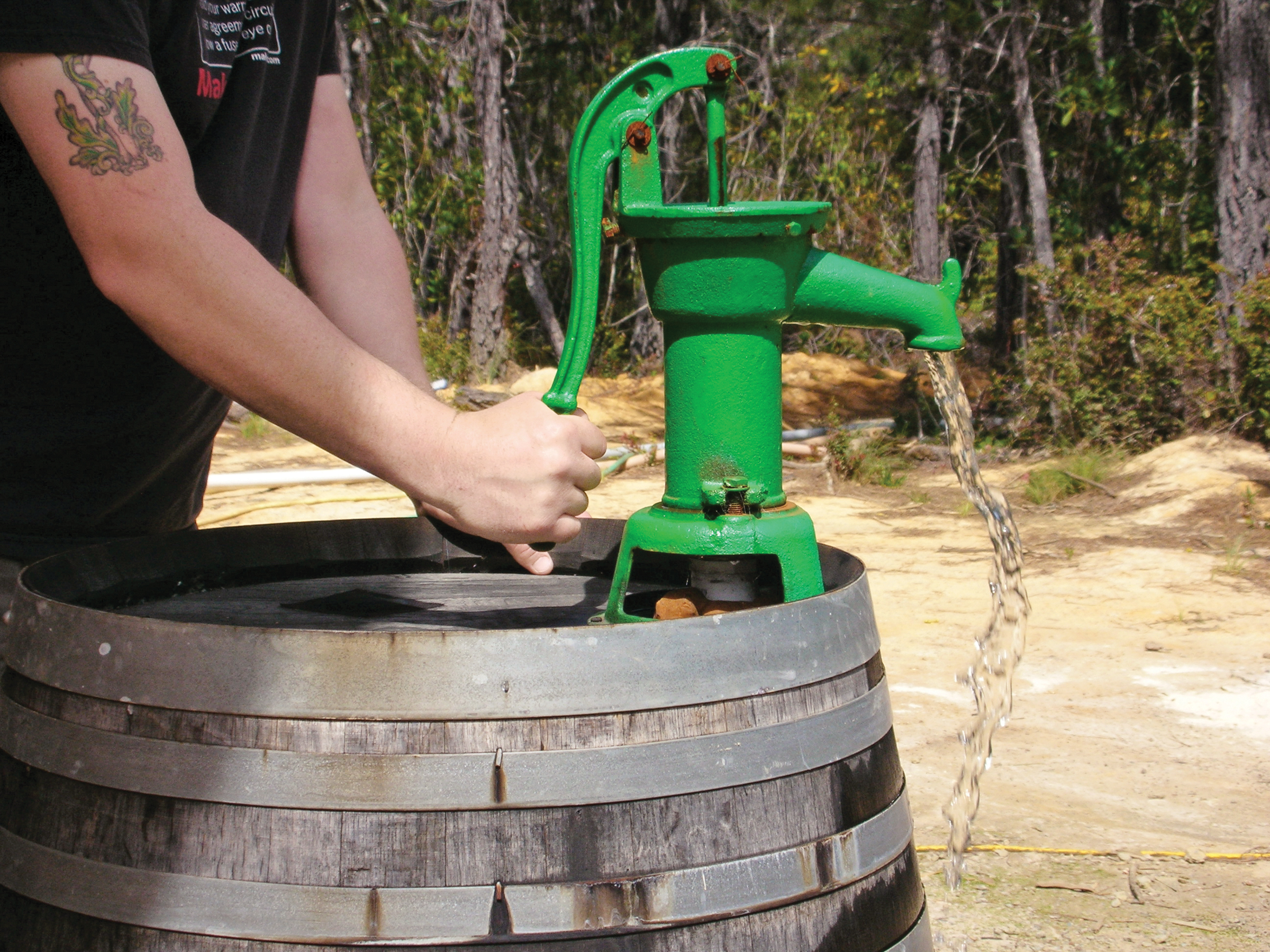 Barrel Water Collector