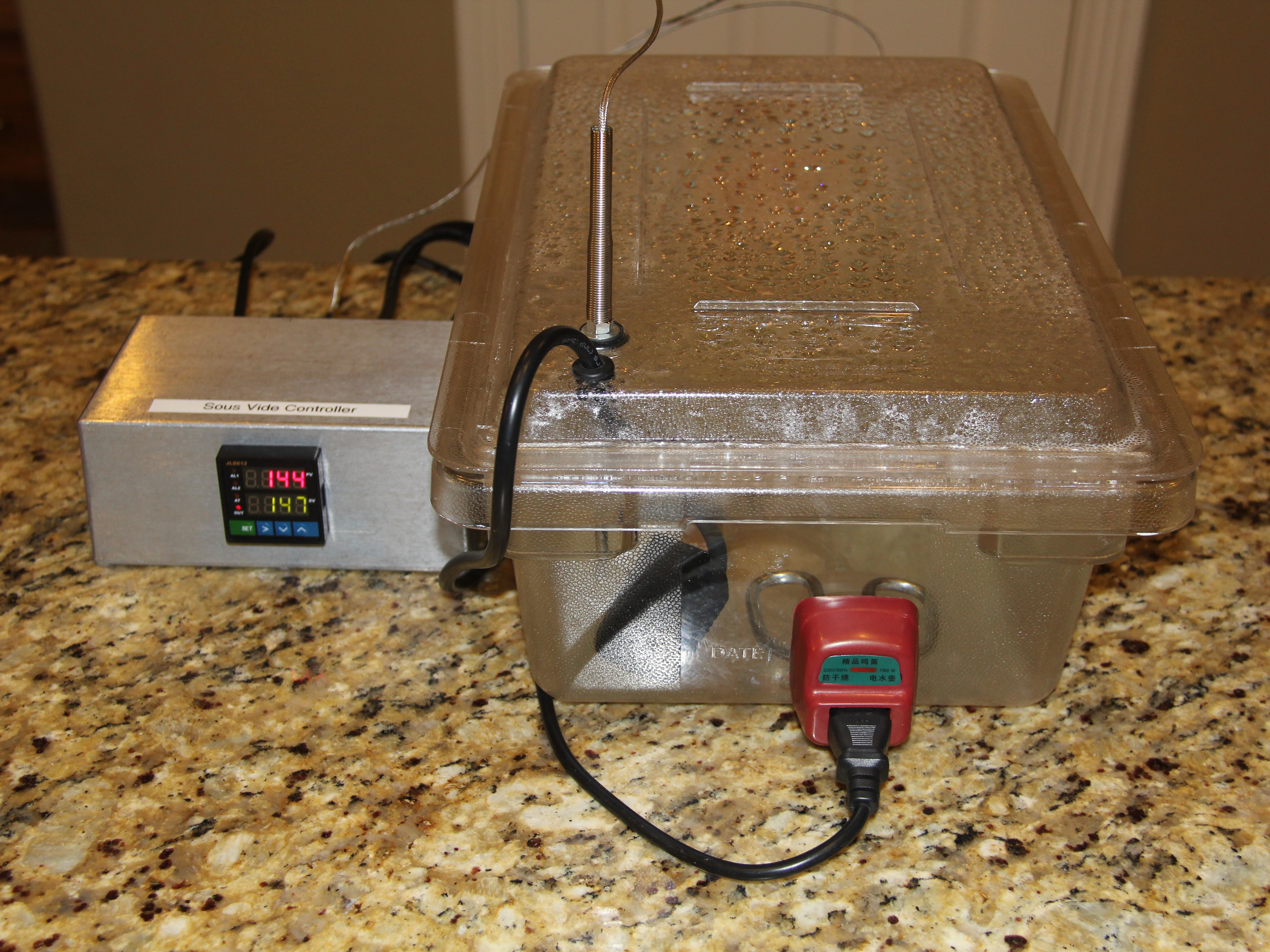 Sous Vide Cooker with UniversalController