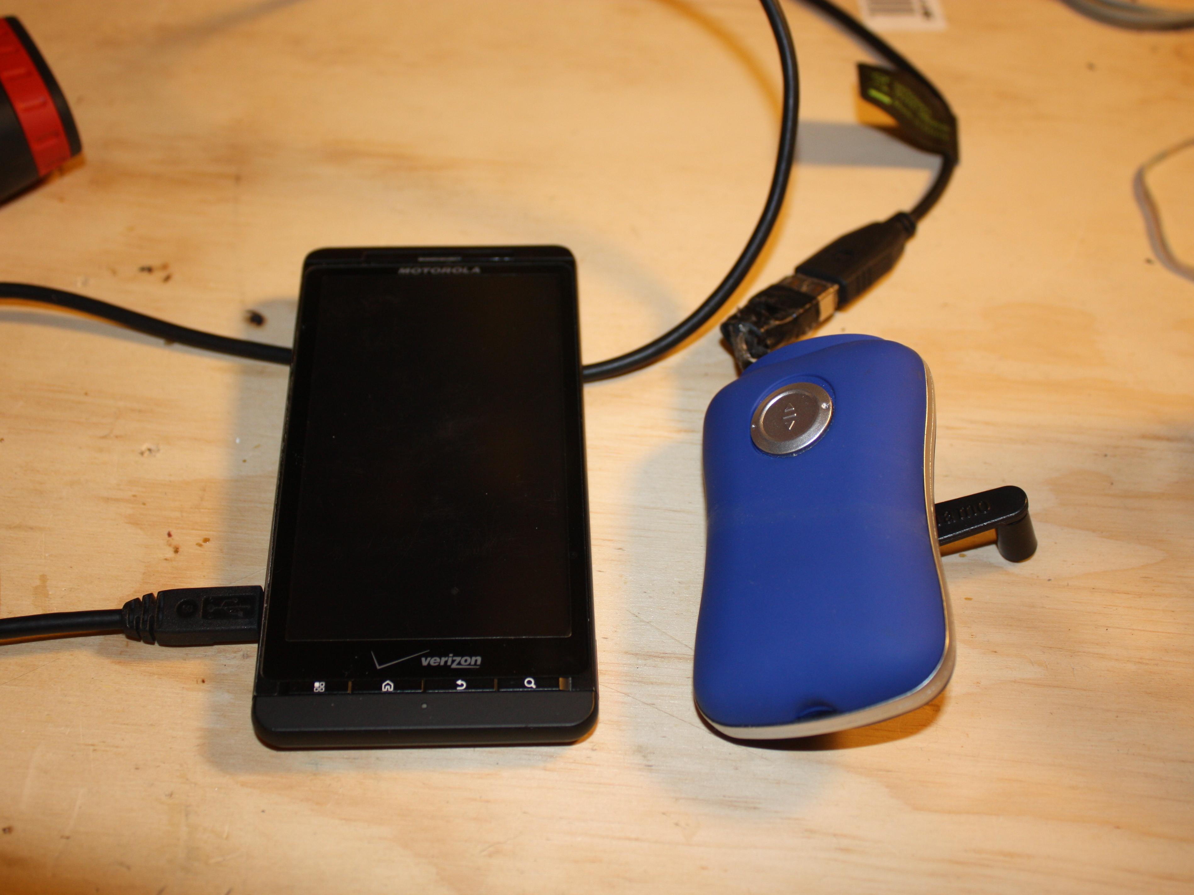 Hand-Crank USB Charger