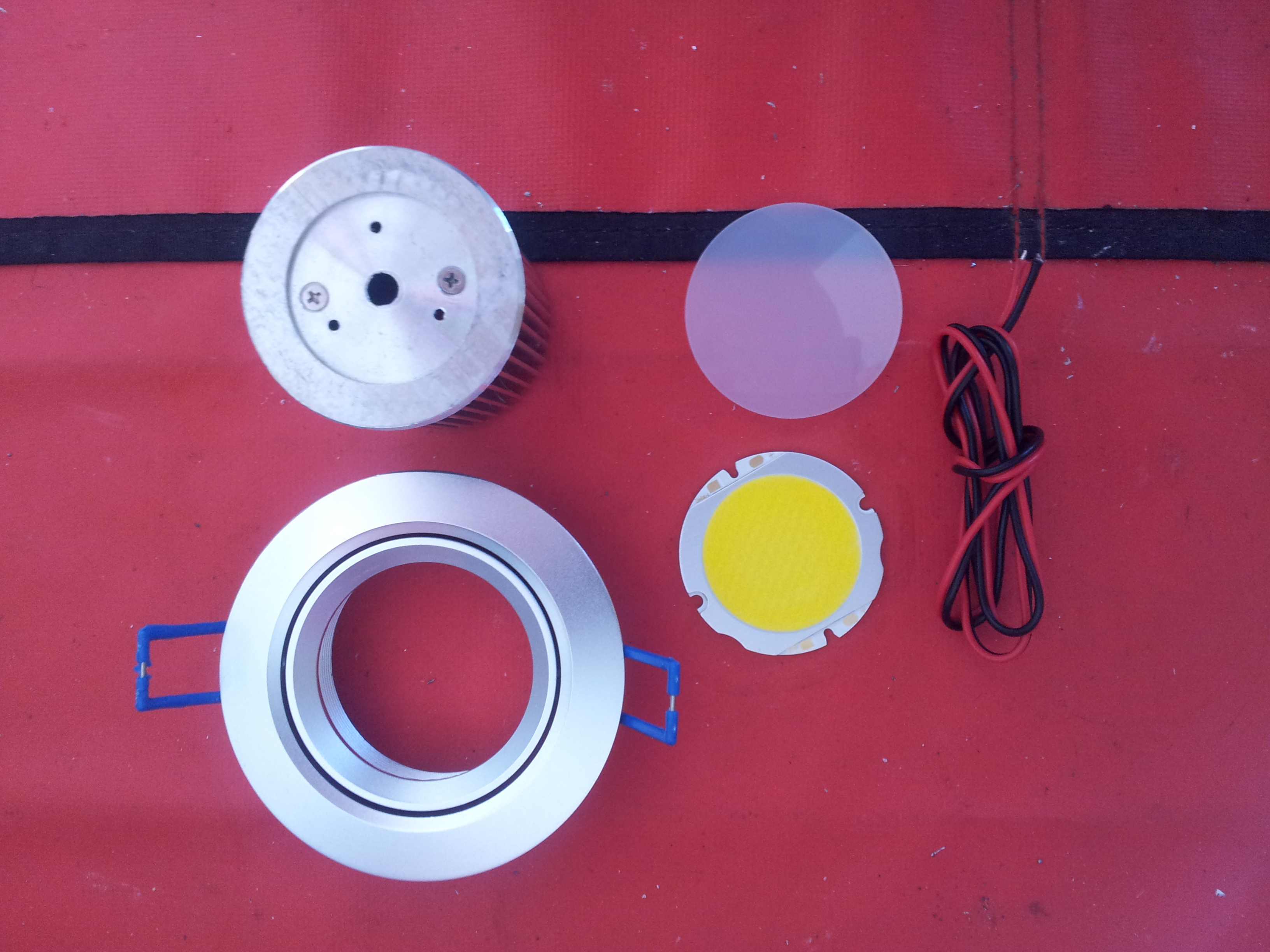 13-Watt LED Ceiling Down-Light Kit
