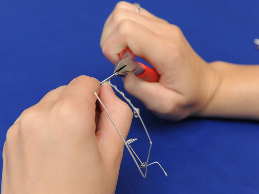 Bent-Wire Crank Toy