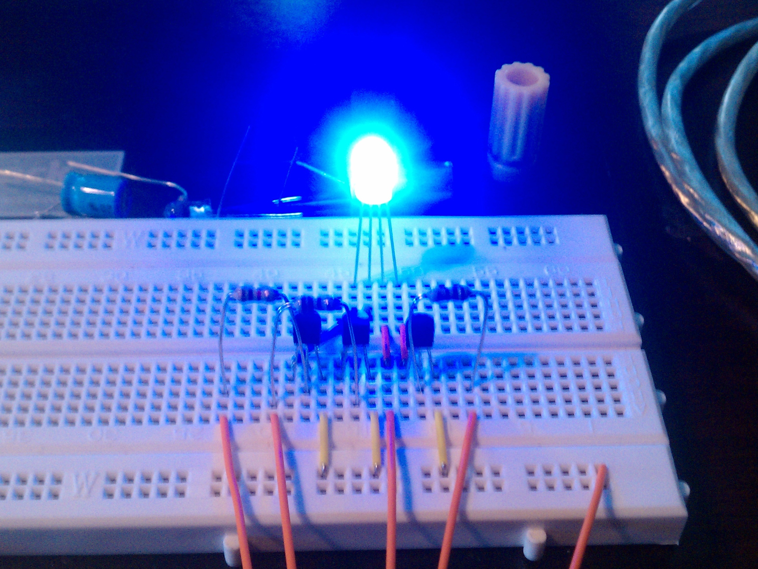 Arduino + 4 pin 5mm Full-ColorLED