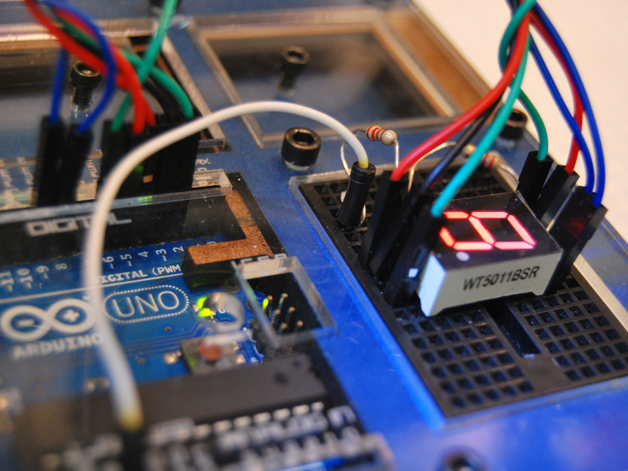 Drive a 7-Segment LED with an Arduino