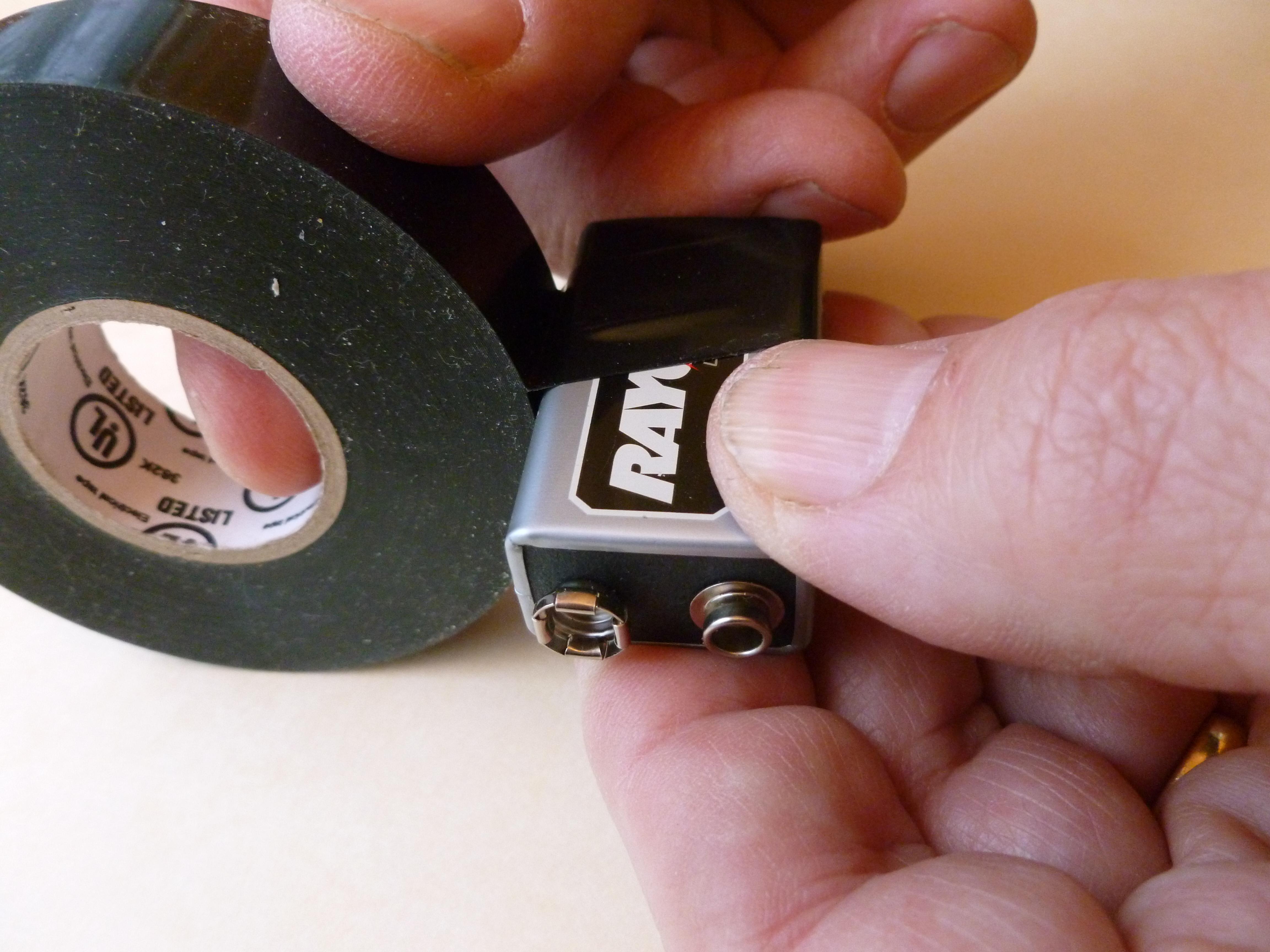 Simple UV Counterfeit-Money Detector