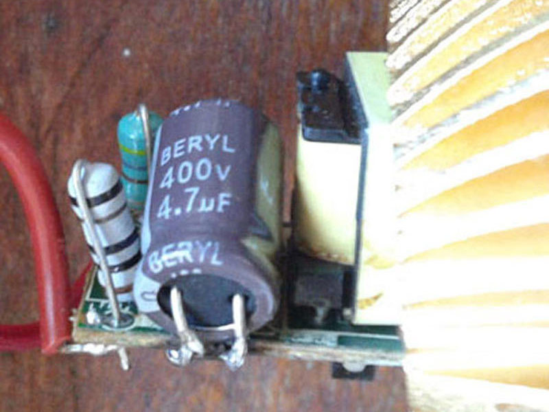 Replacement of Defective Capacitor in E27 LEDBulb