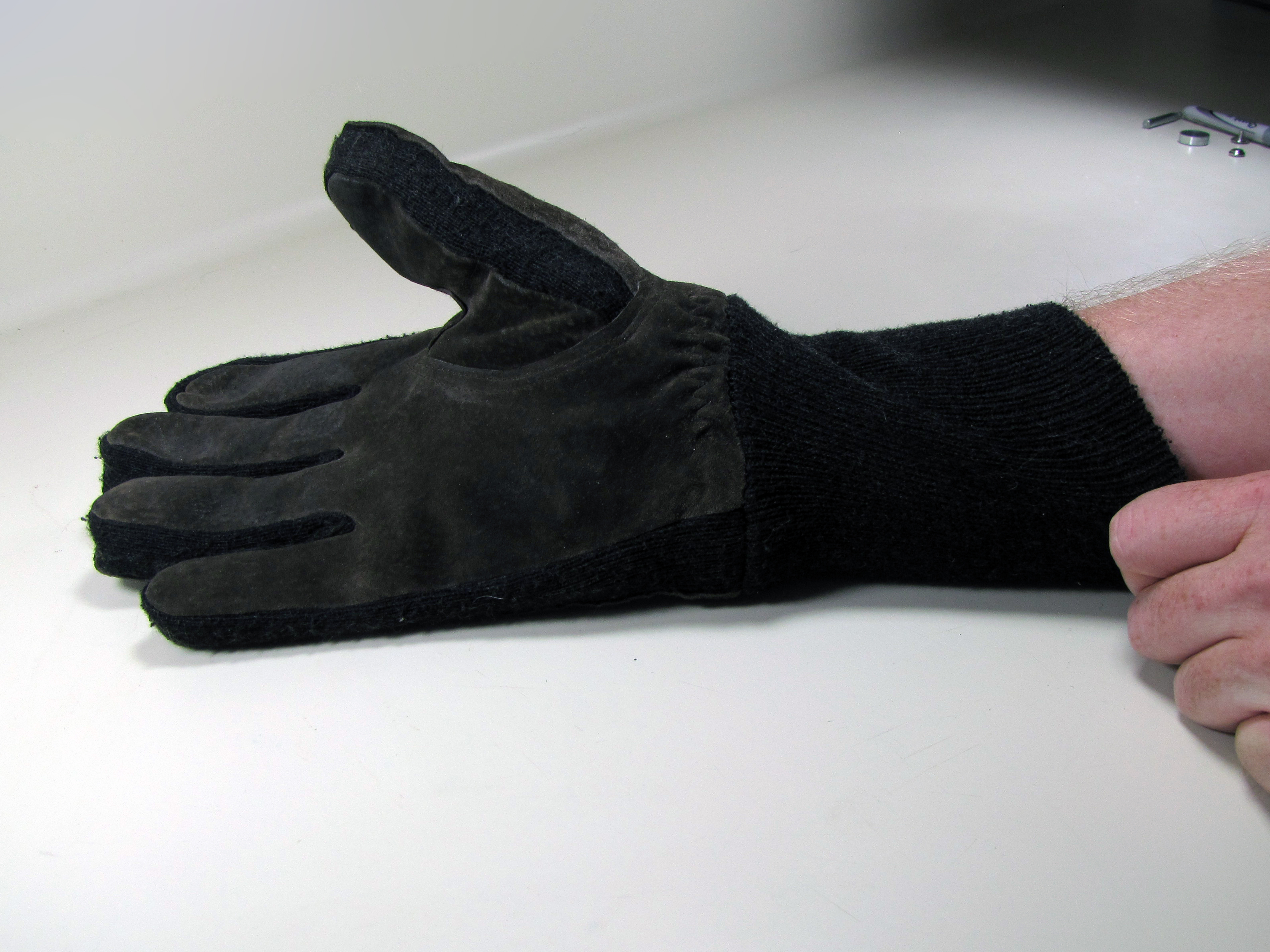 No-Sew Touchscreen Gloves